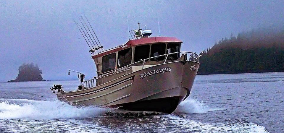 Pictures of fishing boats in alaska for Alaska fishing adventures