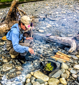 Guide cooking shore lunch