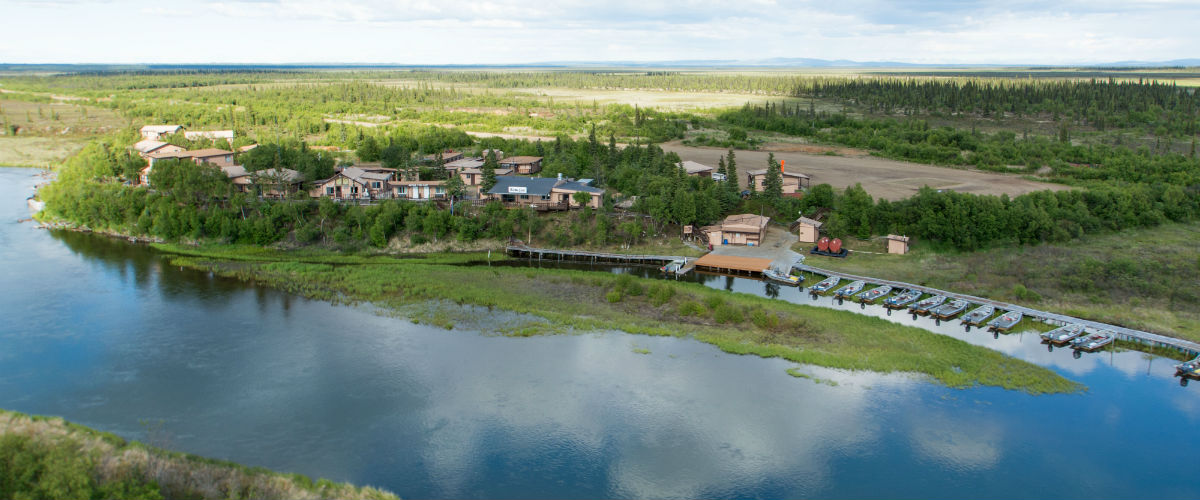 Katmai Lodge on the banks of the Alagnak River