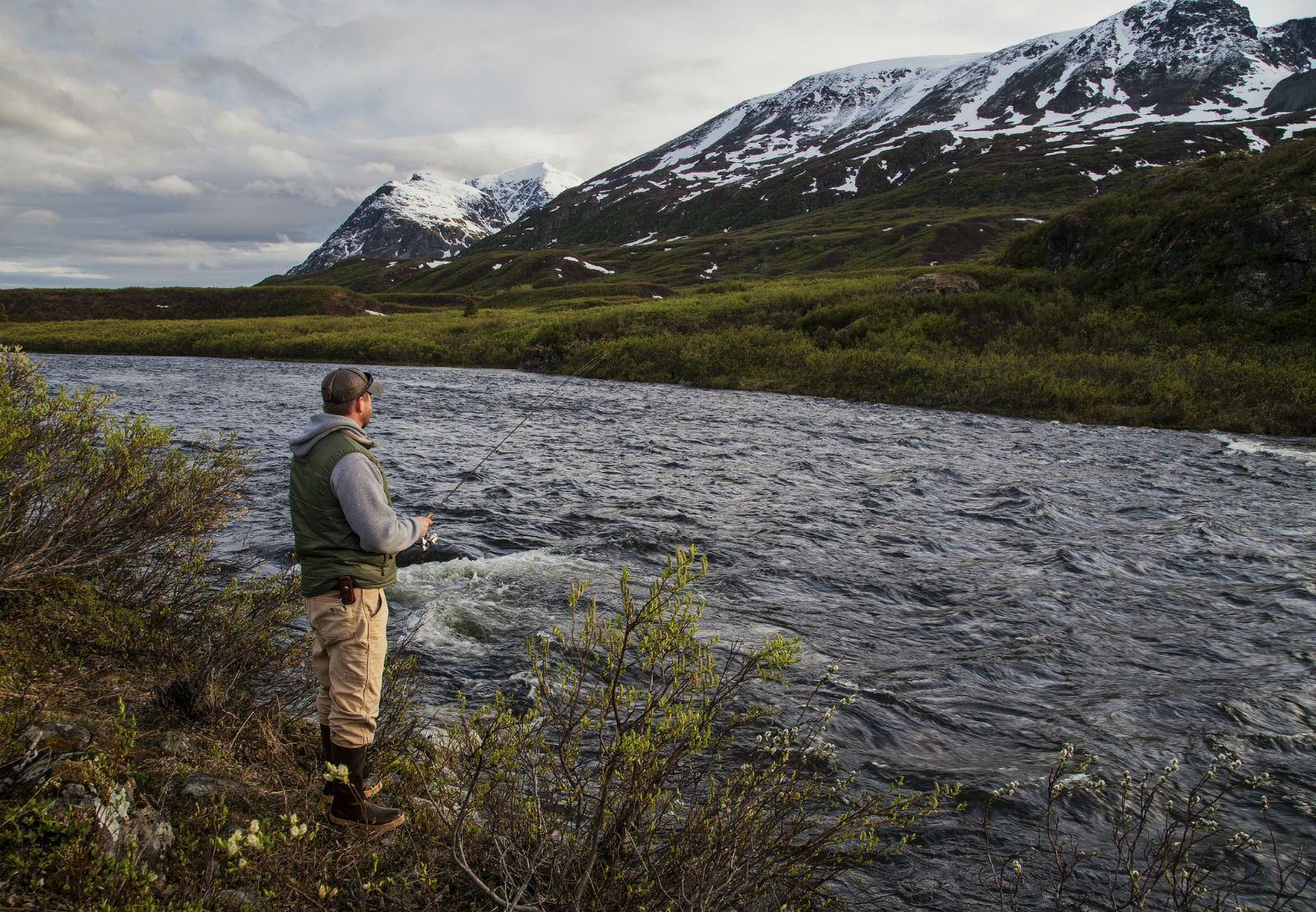 Review: Flyfisher's Guide to Alaska - By Scott Haugen